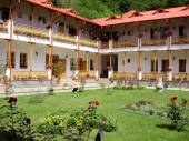 Manastirea Arnota - 10003 Manastirea Arnota