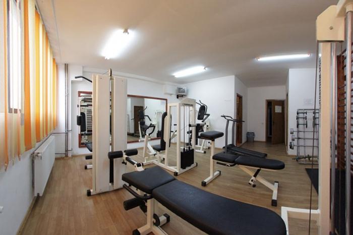 sala de sport hotelalex. Black Bedroom Furniture Sets. Home Design Ideas